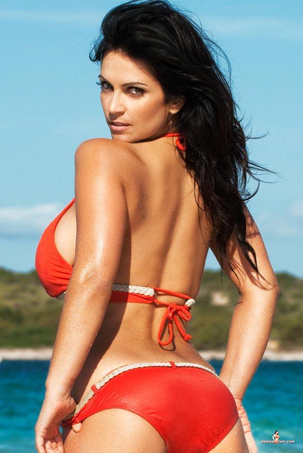 Denise Milani (32)