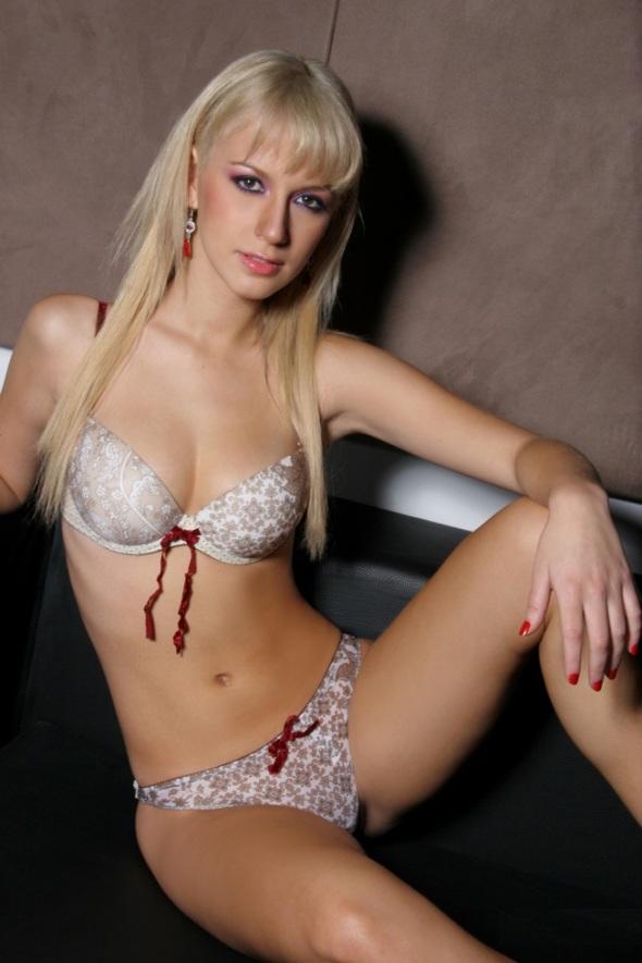 Jamila Dahabreh, Bella Peruana (1)